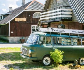 Veinivilla+winery+bus+visit-estonia_